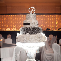 Wedding Cake On Ice Sculpture