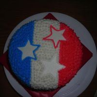 "4Th_Of_July_Cake4.jpg This is a 6"" round cake I made for 4th of July. It had 3 layers of cake inside so when you cut it you would see red, white and blue..."