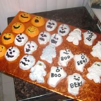 Halloween Mini Cakes I made these for my grandson's Halloween Party at his daycare. Lots of fun but takes a lot more time to decorate. I am sure they will...