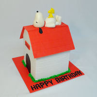 Snoopy And Woodstock   Fondant Snoopy, Woodstock and roof, BC doghouse, TFL