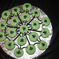 Cupcakes Found this on here, thanks to whom had done it before! I loved it!