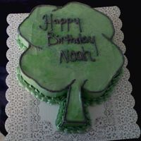 Four Leaf Clover Birthday Cake I made this for a cake for a child's birthday in March.