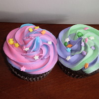 Swirl Cupcakes Chocoalte cupcakes with buttercream dream.
