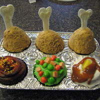 Thanksgiving Desert These are cupcakes. I used carmel sauce for gravy and starbursts for the carrots and the butter. The peas are skittles and the breading is...