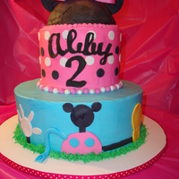 Minnie Mouse Club House What a fun cake to make.