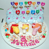 3Rd Birthday Cake Horse Stable   This is a birthday cake for my friends daughter... Tried from Debbie Browns book :-)