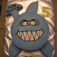 "Shark Cake 3-D I made this cake for a co-workers sons birthday.It was (2) 9"" cakes stacked and (1) 8"" cake cut into the pieces for the fins/..."