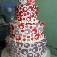 Circles In Love 3 TIER CAKE IN WD CIRCLE GUMPASTE