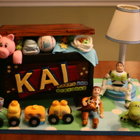 Toy Story Fondant Cake toy chest fondat cake with all gumpaste characters