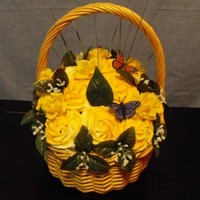 Cupcake Basket - Yellow