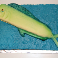 Mahi-Mahi  This is my first fish cake! I was so nervous. It is also the first time I used an airbrush. We live on the coast and fishing is huge down...
