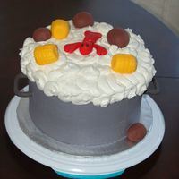 Crawfish Pot This cake was made for a crawfish boil. Lots ideas from cc! Red Velvet with buttercreme icing. Fondant handles, corn, potatoes, and...