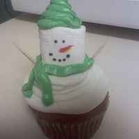 Snowman Cupcake snowman marshmallow cupcake with buttercream scarf and hat