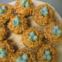 Birds Nest Cupcakes Thought I would share these cupcakes. They are super simple and great for the springtime!
