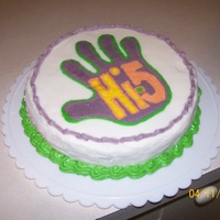 Hi-5 Cake I made this for practice as i was trying a new buttercream icing. My son adores hi-5 so we just mucked around.