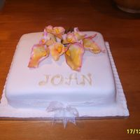 Goodbye Joan Gumpaste calalillies (tonednastyle) on plain fondant