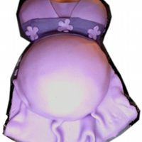 Pregnant Belly Cake This is a test run of a cake I have to make this weekend. I was quite nervous about making it...but it was actually quite easy to make. :)...