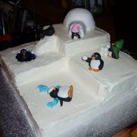 "Trilevel Penguin Playground My latest ""techniques practice cake"" for my book club. I wanted to try kakeladi's trilevel - it was a lot harder to ice than..."