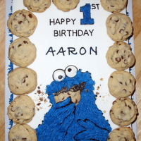 Cookie Monster 1   Another version of many cakes on this site. All buttercream . . . except the cookies, of course.