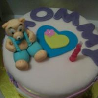 Updated : Bear And Love For Mommy My boyfriend made this cake for his mom's birthday.Bear is made of gumpaste and the rest are made of strawberry-flavored fondant. Cake...