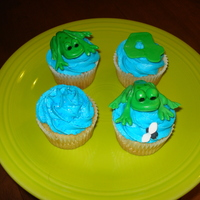 Froggy Cupcakes Fondant frogs
