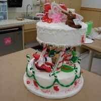 Santa's House All figures are made of fondant/gumpaste with a little help from rice krispie treats!