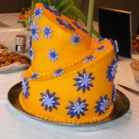 Yellow And Purple Daisy Bridal Shower Cake I had a lady call me on Wednesday morning needing a bridal shower cake for Sunday. The lady who was supposed to do the cake had a family...
