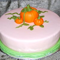 Pumpkin Patch Cake Very simple cake with fondant pumpkins and vines