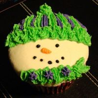 Snowman Cuppie White and Chocolate WASC with peppermint buttercream. I alternated the colors, but this was the first one. These turned out so cool,...