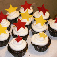 Chocolate Star Cupackes   cupackes with whipped icing and chocolate stars