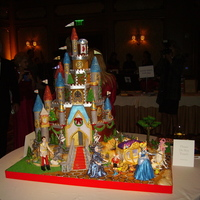 Cinderella's Gingerbread Castle   Entry to Gingerbread Gala 2009 Competition by Epilepsy Foundation. Made with gingerbread, fondant, gumpaste and royal icing.