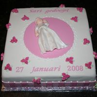 Christening Cake This cake was inspired from the cakes of Peggy Porschen.