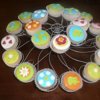 Rafi Cupcakes Cupcakes for a Christening shop's re-opening