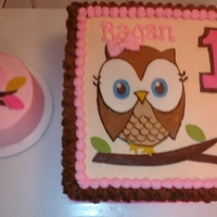 Owl 1St Birthday Buttercream with fondant owl, leaves.