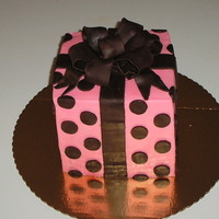 Pink & Brown Gift Box Buttercream with modelling chocolate accents.