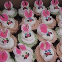 Bunny Cupcakes ! Made these for Easter.. yum