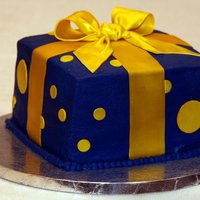 Blue & Gold Birthday Present all buttercream with fondant accents
