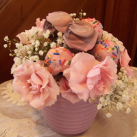 Pink Flowers With Cake Pops