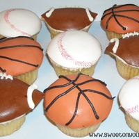 Sports Cupcakes! Fondant covered sports cupcakes! Thanks for lookin!