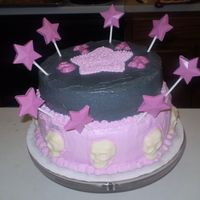 Star & Skulls  This is my very first cake to make. She wanted pink and black, LOL...but I couldn't quite figure out how to do the colors...I am...