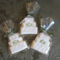 Wedding Cake Cookies Monogram wedding cake cookies.....bride and groom gave them out as favors.