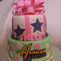 Hannah Montanah Hannah Montana cake,first time making a fondant loop bow.... had some difficulties with breaking and getting the right shape without...