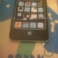 Ipod Touch OMG! This cake took me forever :-) . Sooooo many details to cut out by hand. Overall it was fun though. TFL