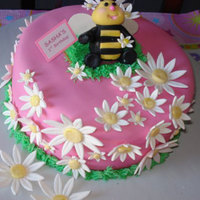 Sasha's 1St Birthday Usually, my daughter helps me with cakes. This time, I helped her. For her God-daughter's first birthday she created a bumble bee-...