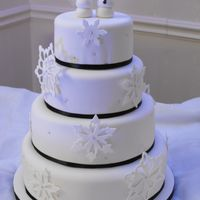 Winter Wedding Cake Gumpaste snowflakes, fondant snow bride & groom - TFL!