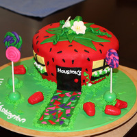 Strawberry House Cake I made this for a friend that was moving to the west coast from the east. She is obsessed with strawberry's so I thought this was cute...