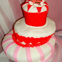 Cupid Valentines   This is my very first Topsy Turvy cake.