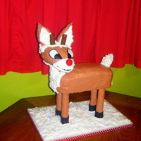 Rudolph this was a super fun cake to make!