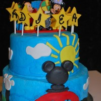 Disney Clubhouse I made this for my niece's 2nd birthday, thanks to all the other pictures here on CC for your inspirtation.