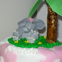 Elephant Cake This was my first attempt at making a gumpaste elephant and only my second ever figure.